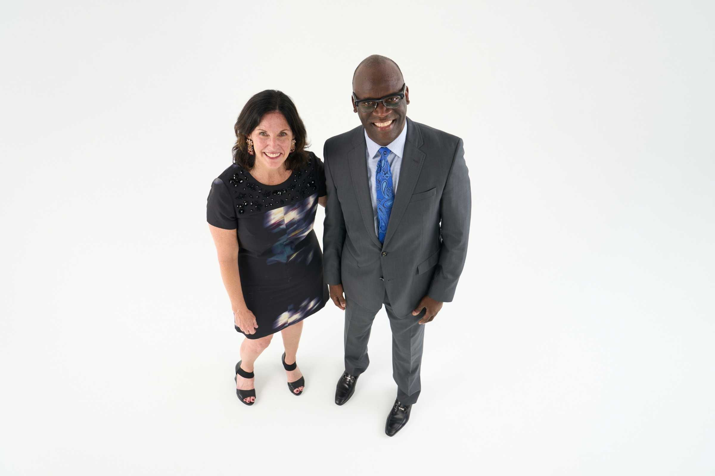 2022 St. Louis Arts Awards Co-Chairs Margaret McDonald and Jeffrey Carter, M.D. stand and look up at the camera.