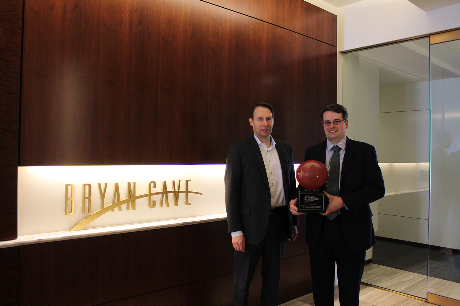 Bryan Cave accepts 2016 Law Firm Challenge award