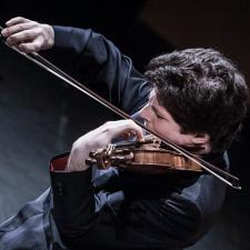 Photo of Augustin Hadelich